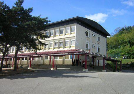 photo college.jpg